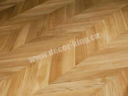 Laminate Flooring / Pisos Laminados
